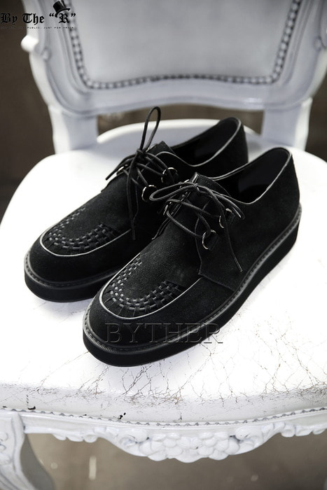 Cross Stripe Upper Suede Clipper Shoes