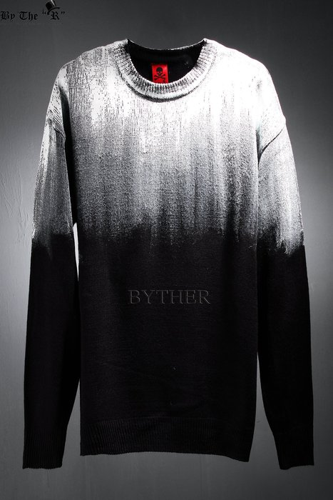 ByTheR Painted Shoulder T-Shirt