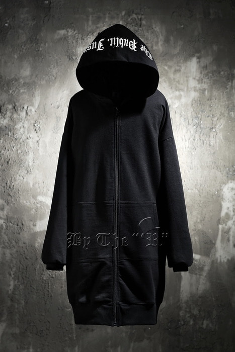 ByTheR Skull Logo Loose Zip-up Hoodie