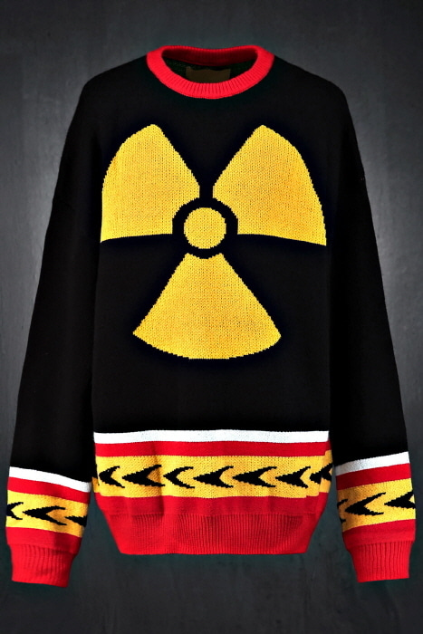 Nuclear Color Loose Fit Long Sleeve Knit