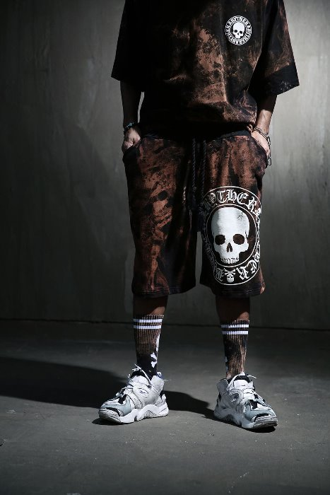 ByTheR Custom Rough Bleach Skull Logo Big Print Shorts