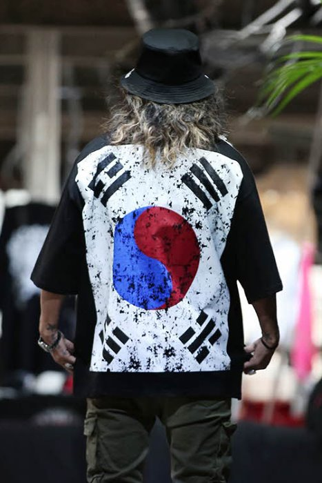 ByTheR Baggy South Korean Flag 3/4 Sleeve Shirt (restock 5/6)