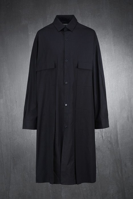 Back button long shirt