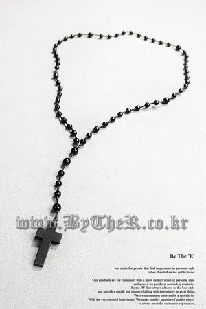 ByTheR Marble Cross Necklace