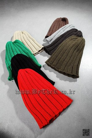 ByTheR Corduroy Knit Beanie