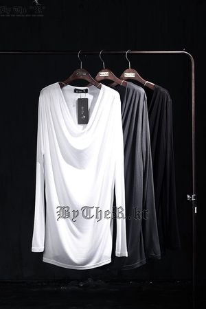 ByTheR Neck Line Shirring T-Shirt
