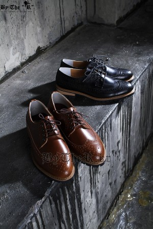 Modern Classic Faux Leather Made Lace-up Wing Tip Shoes