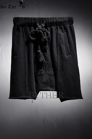 ByTheR Center Cross Baggy Shorts