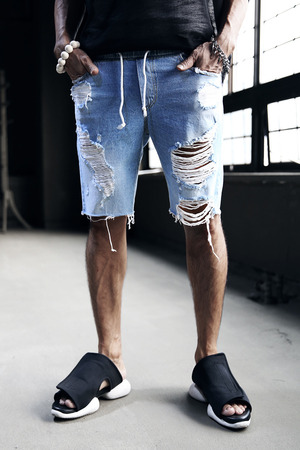 Hard Damage Ripped Banding Denim Shorts