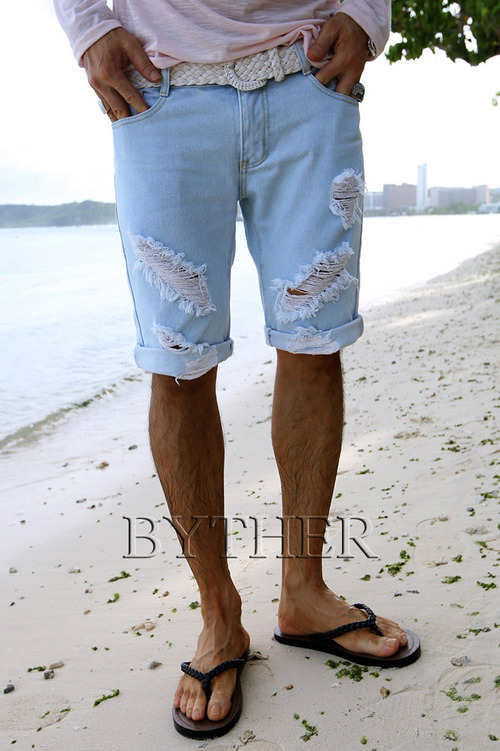 Hardly Ripped Damaged Light Blue Denim Cotton Shorts