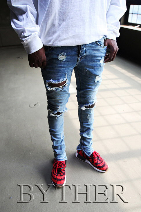 Ankle Zip Ripped Jeans