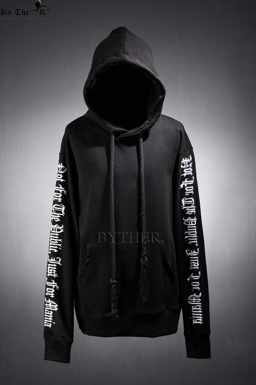 ByTheR Sleeve Lettering Cross Over fit Hood Tee