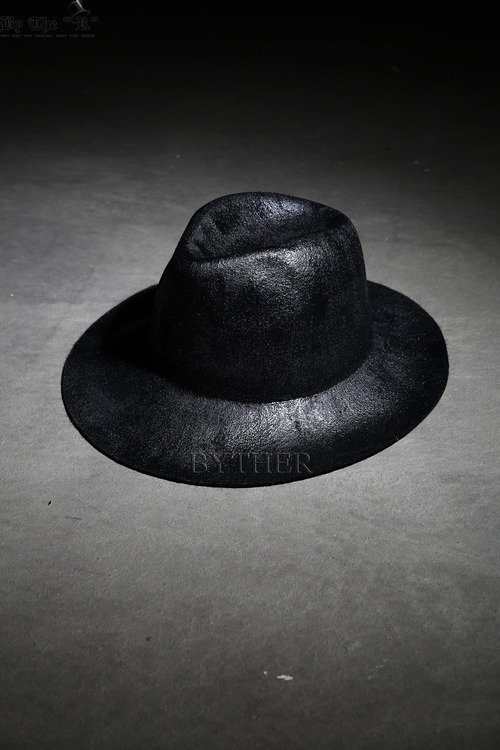 ByTheR Round Black Fedora