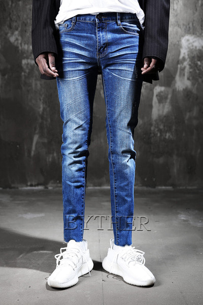 Hemline Cut Washing Denim Jean