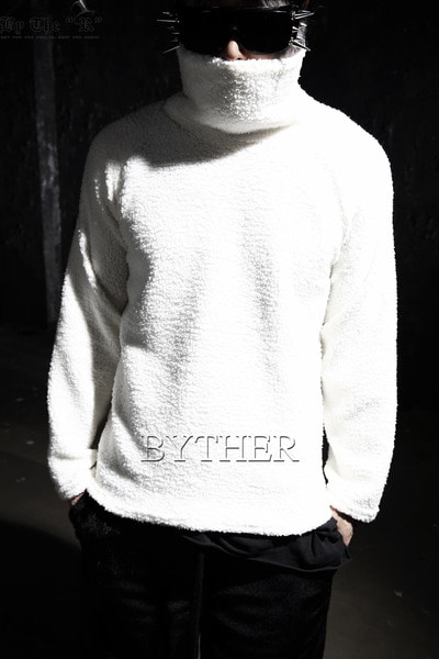 Soft Fleece Turtleneck T-shirt