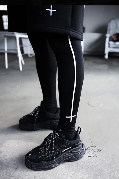ByTheR X ProjectR Side Cross Leggings