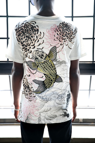 ByTheR Silver Carp Chrysanthemum Irezumi T-shirts