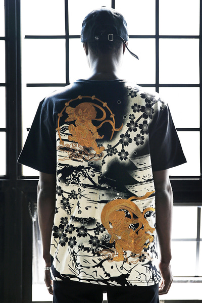 ByTheR Oriental Goblin Blossom Embroi Irezumi T-Shirts