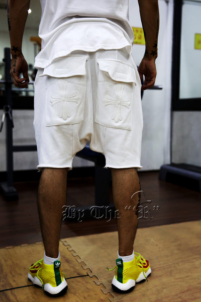 ByTheR Embroidered Cross White Training Baggy Shorts