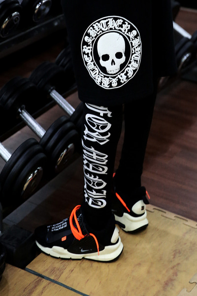 ByTheR Lettering Printing Leggings(Restock 6/21)