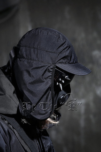 Techwear Windbreak Bomber Cap
