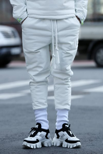 ByTheR Brushed Bonding Stitch Leather Jogger White Pants