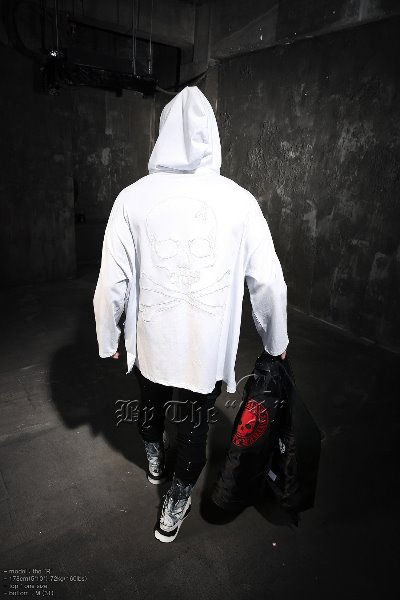 ByTheR Skull Outline Embroidery Loose Fit Hoodie