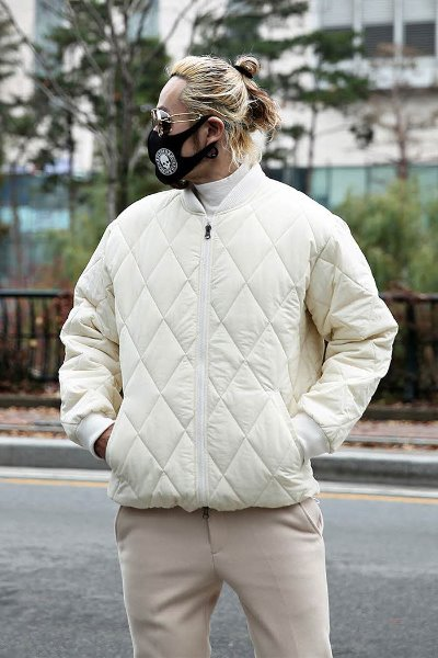 Two-way quilted jacketed jacket