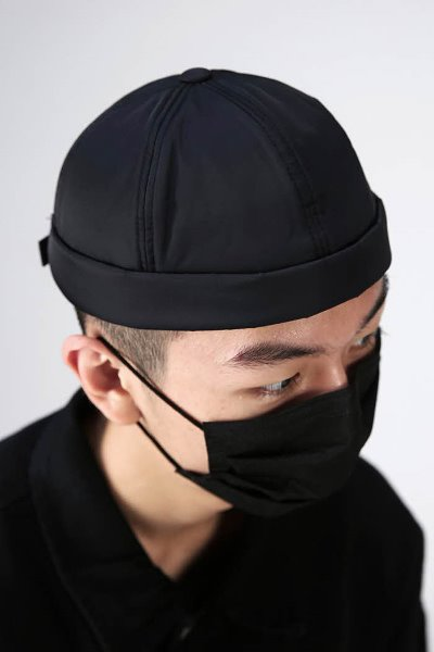 Minimal padded short watch cap