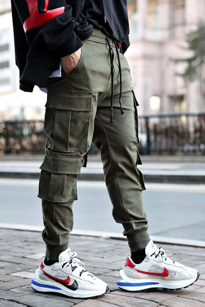 Multi-cargo cotton banding jogger trousers