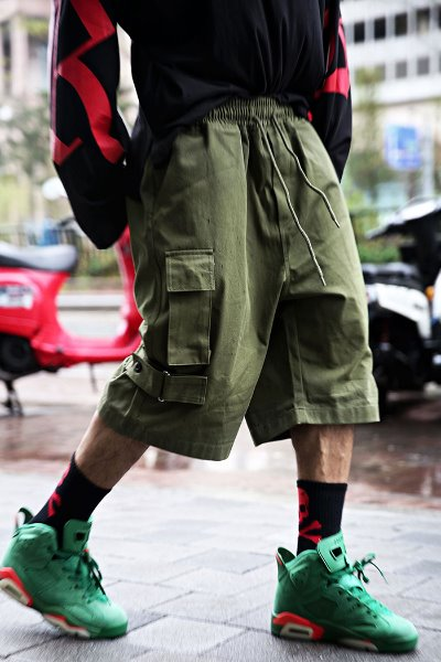 Ankle velcro wide cargo shorts