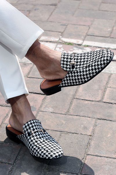 ByTheR Hound Tooth Check Chain Open Back Loafer